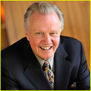 Jon Voight Joins 'Midland' Pilot