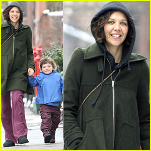 Maggie Gyllenhaal: Running Errands with Ramona!