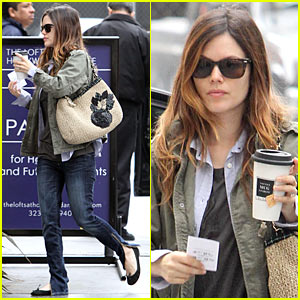 Rachel Bilson Stuffed Her Bra?!