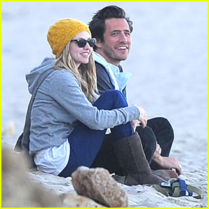 Amanda Seyfried: Malibu with Ex-BF!