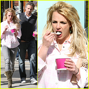 Britney Spears & Jason Trawick: Menchie's Mates