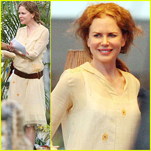 Nicole Kidman Just Goes With It in Hawaii