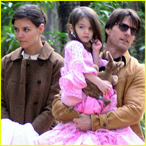 Suri Cruise: Birthday Cupcake Party!