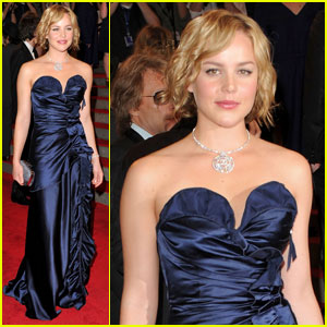 Abbie Cornish: MET Ball 2010