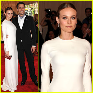Diane Kruger: MET BALL 2010 with Joshua Jackson!