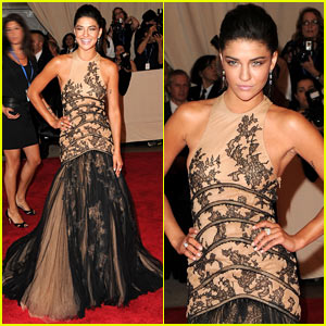 Jessica Szohr: MET Ball 2010