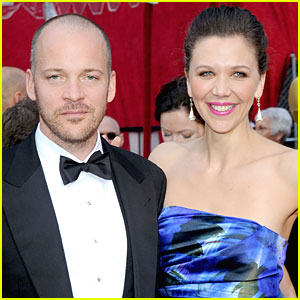 Maggie Gyllenhaal & Peter Sarsgaard Team Up for 'Three Sisters'