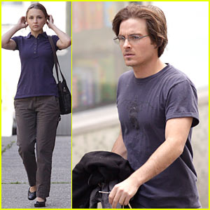 Rachael Leigh Cook: VAMPIRE with Kevin Zegers!