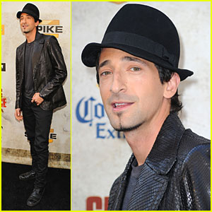 Adrien Brody Checks Out Guys Choice Awards