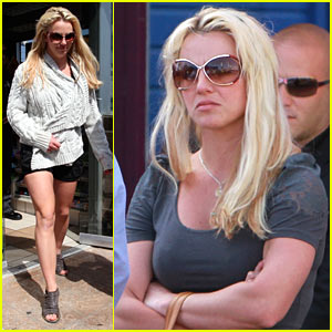 Britney Spears: Santa Monica Pier with the Kids!