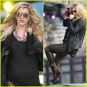 Ke$ha: MuchMusic Video Awards Rehearsals!