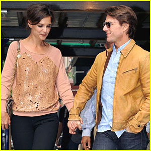 Tom Cruise & Katie Holmes: On The Fence!