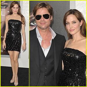 Angelina Jolie: SALT Premiere with Brad Pitt!