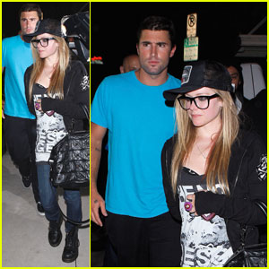 Avril Lavigne & Brody Jenner: Las Palmas Date Night
