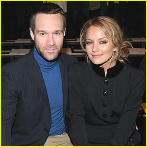Becki Newton: Expecting A Baby, New Show Postponed!