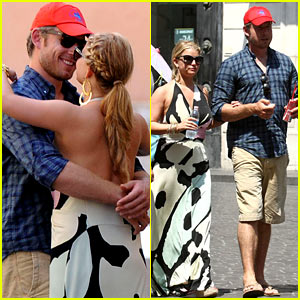 Jessica Simpson & Eric Johnson: Roman Holiday!