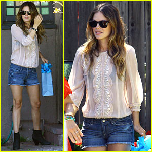 Rachel Bilson: See-Through Clothes are Sexy!