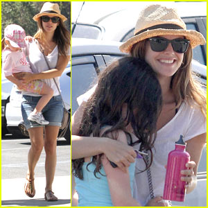Rachel Bilson: Zoo Trip with Family!