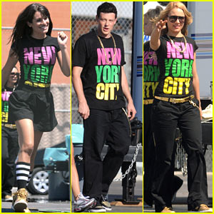 Lea Michele & Glee Cast All Wear NYC T-Shirts!