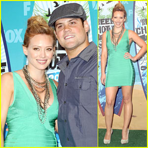 Hilary Duff: Teen Choice Awards with Mike Comrie!