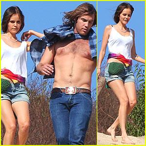 Isabel Lucas Hike With Shirtless Boyfriend Isabel