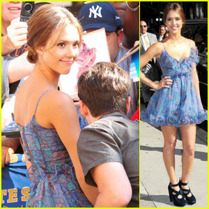Jessica Alba: Lovely at Letterman
