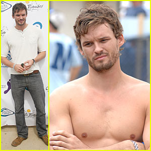 Austin Nichols: Surfin' for a Good Cause!