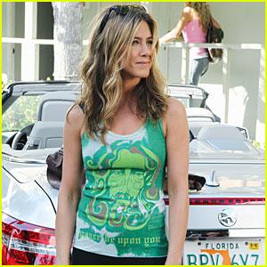 Jennifer Aniston: 'Cougar Town' Premiere Pics!