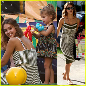 Jessica Alba & Honor Warren: Birthday Balloons!