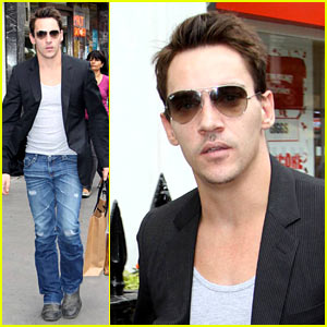 Jonathan Rhys Meyers: London Shopping Spree