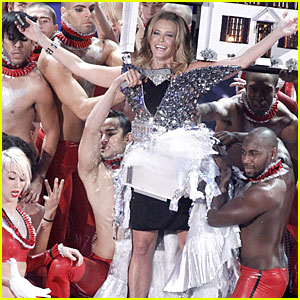 Chelsea Handler: VMAs Earns Best Ratings Since 2002!