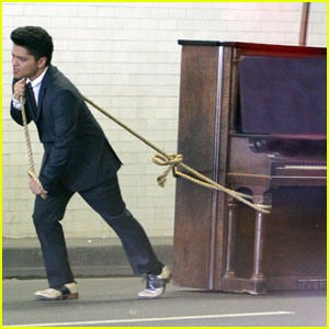 Bruno Mars 'Grenades' Downtown LA