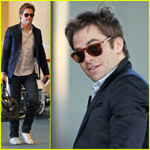 Chris Pine Returns Home from 'War'