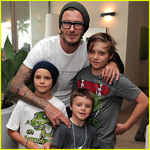 David Beckham Kinects With His Kids