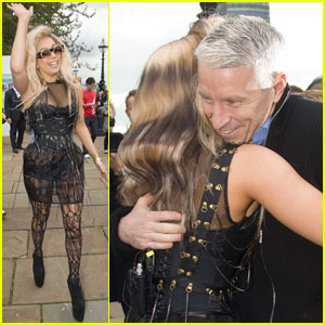 Anderson Cooper: Lace, London, & Lady Gaga!