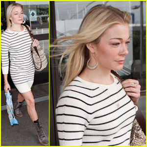 LeAnn Rimes: Who Has Stinky Feet on My Flight?!