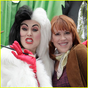 Molly Ringwald: Disneyland with Cruella de Vil!