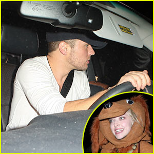 Ryan Phillippe & Amanda Seyfried: Halloween Party Pals!