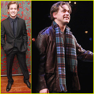 TR Knight: Opening Night for 'A Life in the Theatre'!