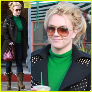Britney Spears: CPK & Starbucks Stop