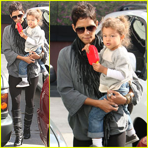 Halle Berry & Nahla: AllSaints Shopping Spree!
