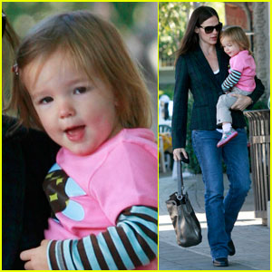 Jennifer Garner: Breakfast & Playdates with Seraphina!
