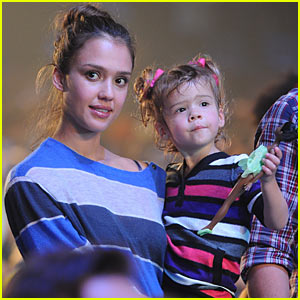 Jessica Alba: Yo Gabba Gabba! with Honor Warren!