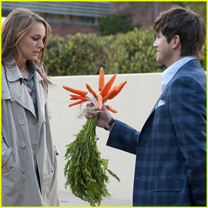 Natalie Portman & Ashton Kutcher in 'No Strings Attached' -- First Look!