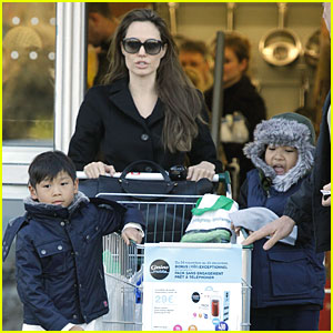 Angelina Jolie: Grocery Run with Maddox and Pax!