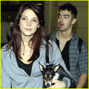 Ashley Greene & Joe Jonas: California Couple