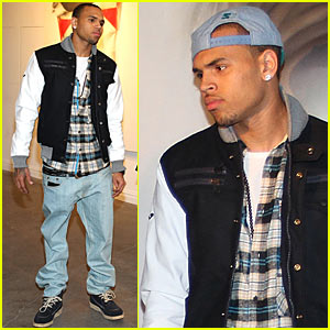 Chris Brown: Kid Zoom Pop-Up Gallery!