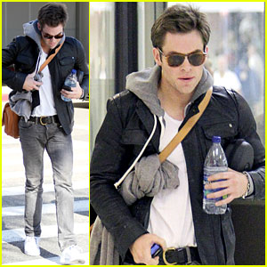 Chris Pine: Los Angeles Arrival