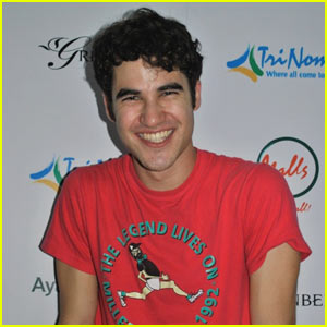Darren Criss: 'Somewhere Over the Rainbow' in the Philippines!