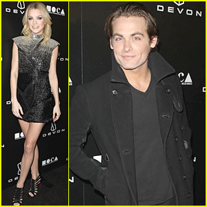 Kevin Zegers: Grand Opening of Devon Flagship Store!